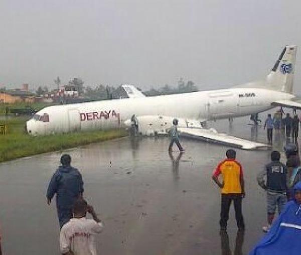 https: img.okeinfo.net content 2015 03 04 340 1113646 pesawat-deraya-air-tergelincir-di-wamena-yEoyJEUpCw.jpg
