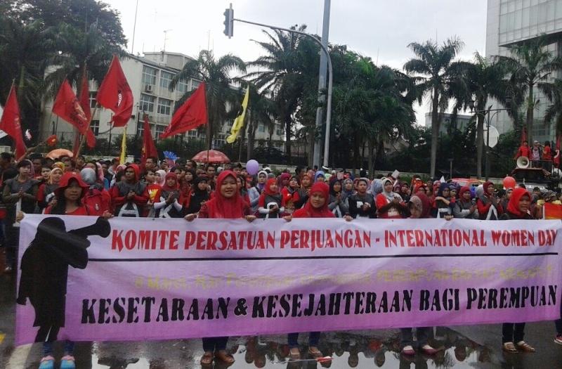 https: img.okeinfo.net content 2015 03 08 337 1115343 harapan-buruh-wanita-pada-international-women-s-day-z0ykvDuyCf.jpg