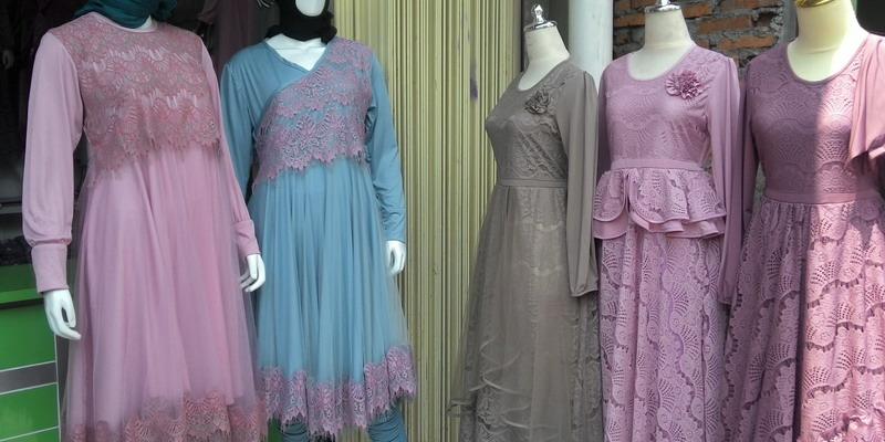 Long Dress Brokat Untuk Busana Muslim Feminin Okezone Lifestyle