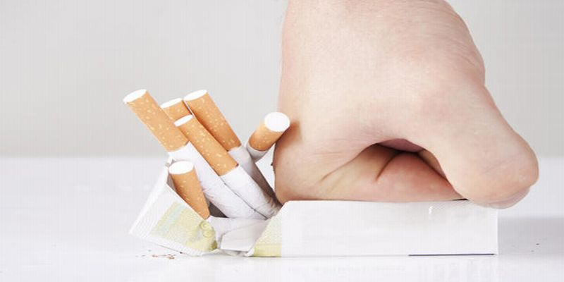 https: img.okeinfo.net content 2015 06 11 481 1163634 terungkap-alasan-seseorang-sulit-berhenti-merokok-KaU7OBDNAU.jpg