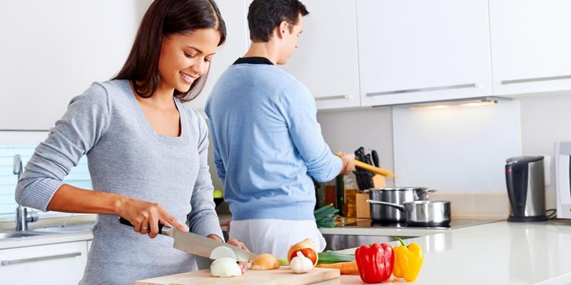 https: img.okeinfo.net content 2015 07 22 298 1184030 lima-keuntungan-punya-dapur-kecil-NMyQwecuBk.jpg