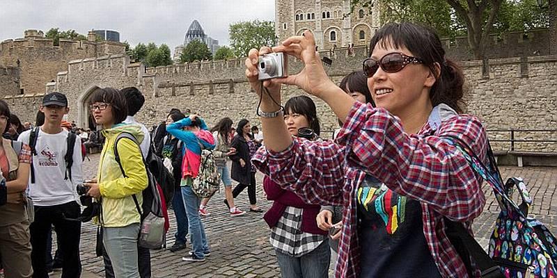 https: img.okeinfo.net content 2015 08 14 406 1196190 10-juta-turis-china-target-arief-yahya-E6chmIMyPe.jpg
