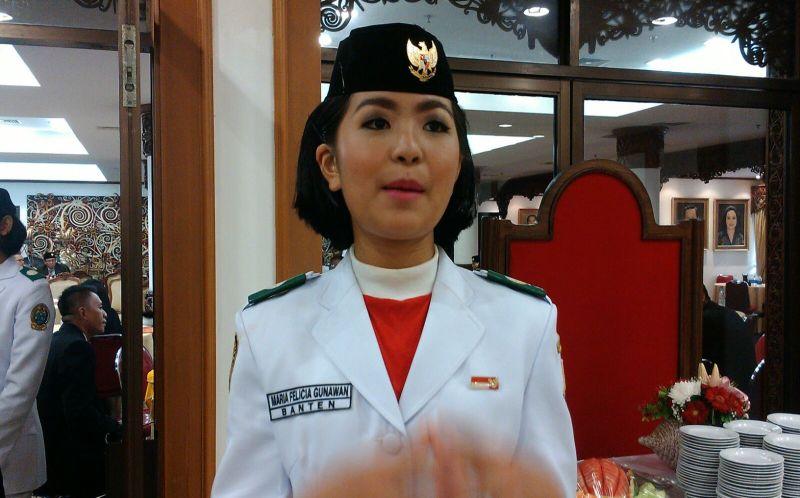 https: img.okeinfo.net content 2015 08 17 337 1197490 cerita-maria-felicia-si-pemegang-baki-bendera-pusaka-oLZGx0kS9x.jpg