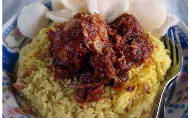 Cara Membuat Nasi Kuning banjar