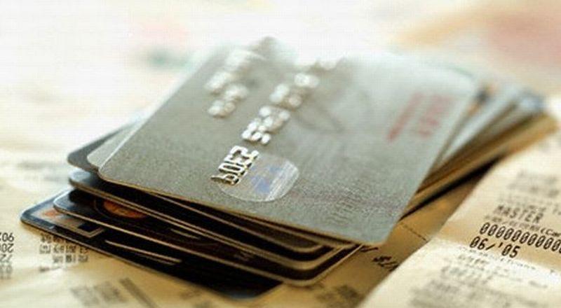 https: img.okeinfo.net content 2015 10 13 457 1231302 kartu-kredit-bukan-alat-utang-tapi-alat-bayar-ZvetDzzqen.jpg