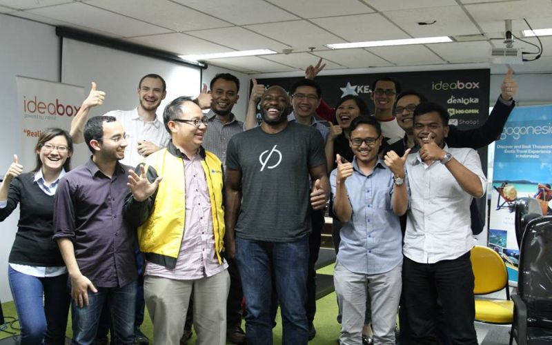 https: img.okeinfo.net content 2015 10 16 54 1232855 indosat-kirim-startup-indonesia-ke-kantor-facebook-bWzLwO6myS.JPG