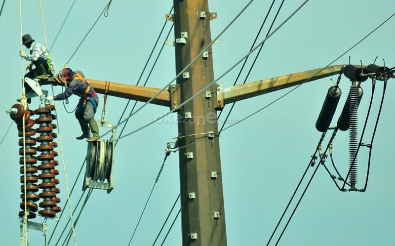 https: img.okeinfo.net content 2015 10 26 19 1238306 tonggak-awal-mengalirnya-listrik-di-indonesia-tak-lepas-dari-soekarno-nrd8OAFU1z.jpg