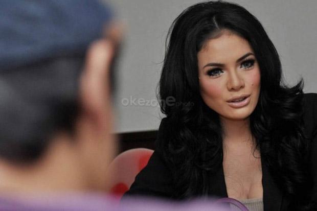 Orang Tua Tahu Nikita Mirzani Seperti Apa : Okezone Celebrity
