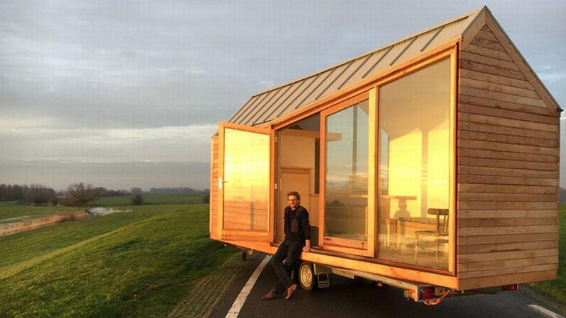 https: img.okeinfo.net content 2016 01 05 15 1281496 rumah-berjalan-di-atas-trailer-mobil-xykzOgFfJc.jpg