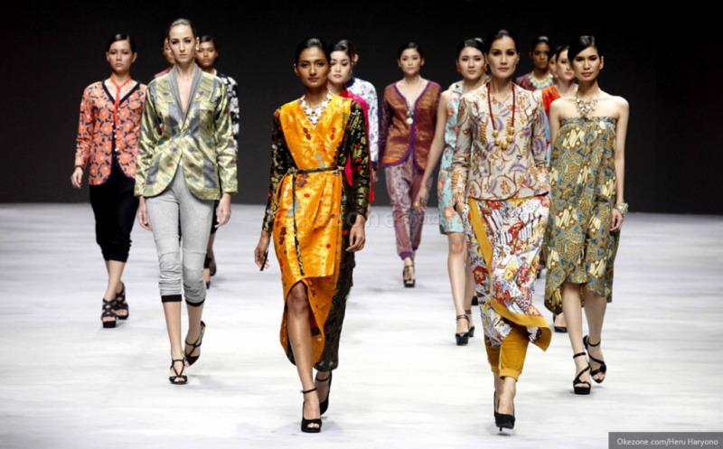 https: img.okeinfo.net content 2016 01 17 194 1290329 kriteria-model-di-indonesia-fashion-week-2016-4RSpbPct1N.jpg
