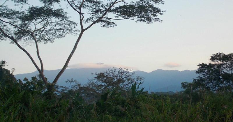 https: img.okeinfo.net content 2016 01 26 340 1297448 misteri-gunung-patah-di-bengkulu-Z3V869Vtnl.jpg