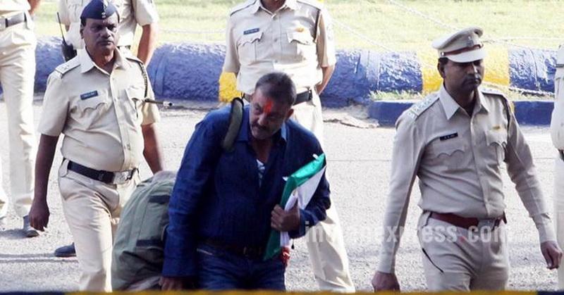 Aktor Sanjay Dutt Bebas Dari Penjara : Okezone Celebrity