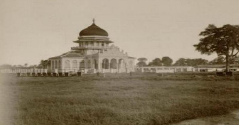 Berusia 404 Tahun Ini Sejarah Panjang Masjid Baiturrahman Aceh