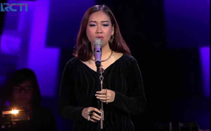 https: img.okeinfo.net content 2016 04 20 205 1367872 video-gloria-jessica-the-voice-indonesia-tembus-1-juta-penonton-eWiY4VWyna.jpg