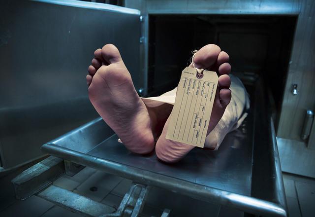 https: img.okeinfo.net content 2016 04 29 340 1376660 tahanan-polres-tewas-usai-buang-sampah-GSHGd1AMzr.jpg