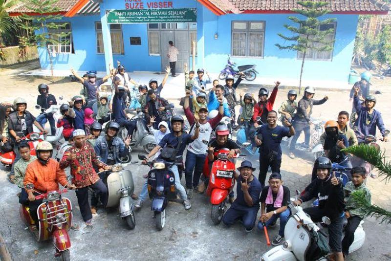 67 Gambar Anak Sekolah Naik Vespa HD