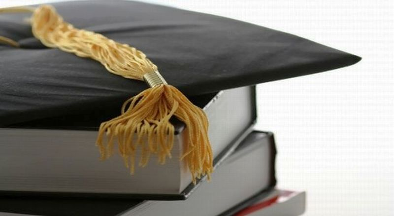 https: img.okeinfo.net content 2016 05 21 65 1394318 yuk-raih-beasiswa-di-kampus-inggris-ini-IsmjFhjKpC.jpg