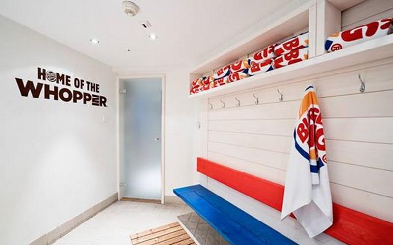 https: img.okeinfo.net content 2016 06 28 194 1427758 ini-tempat-spa-restoran-burger-king-yang-bikin-penasaran-Nspjcn3Gpc.jpg