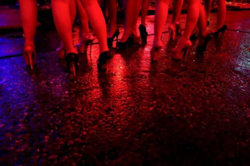 https: img.okeinfo.net content 2016 07 17 18 1439968 menpar-thailand-bertekad-bersihkan-thailand-dari-wisata-seks-2qFsv5JxlO.jpg