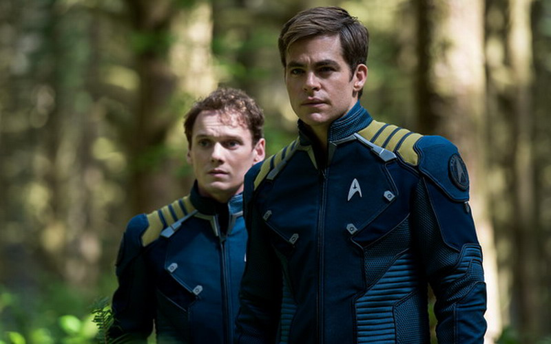 https: img.okeinfo.net content 2016 07 19 206 1441440 movie-review-star-trek-beyond-jadi-perpisahan-manis-anton-yelchin-BmEmQJTtd0.jpg