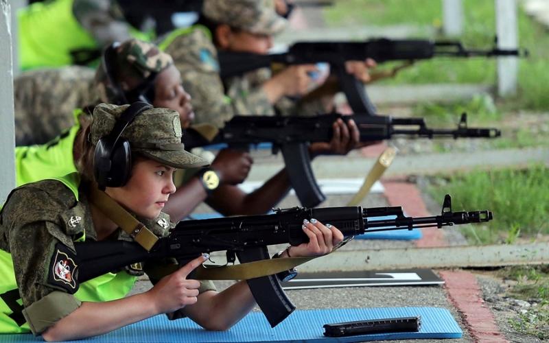 https: img.okeinfo.net content 2016 08 06 18 1456767 militer-rusia-ungguli-21-negara-di-army-games-D3c46IjvBx.jpg