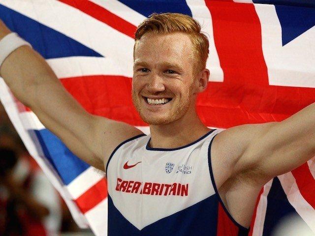 https: img.okeinfo.net content 2016 08 23 43 1471335 atlet-lompat-jauh-britania-raya-jadi-bintang-tamu-acara-tari-di-bbc-y8smB06DQH.jpg