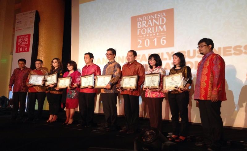 https: img.okeinfo.net content 2016 08 24 320 1471762 koran-sindo-gelar-indonesia-brand-forum-2016-iEmcR1ieuW.jpg