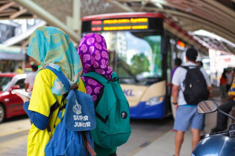 https: img.okeinfo.net content 2016 09 01 406 1479129 permintaan-travellers-muslim-kian-membludak-m8T30E4ISU.jpg