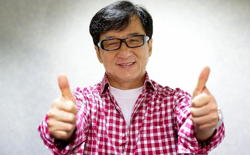 https: img.okeinfo.net content 2016 09 02 33 1479426 aktor-jackie-chan-siap-terima-lifetime-achievement-oscar-Y6mju1DOp7.jpg