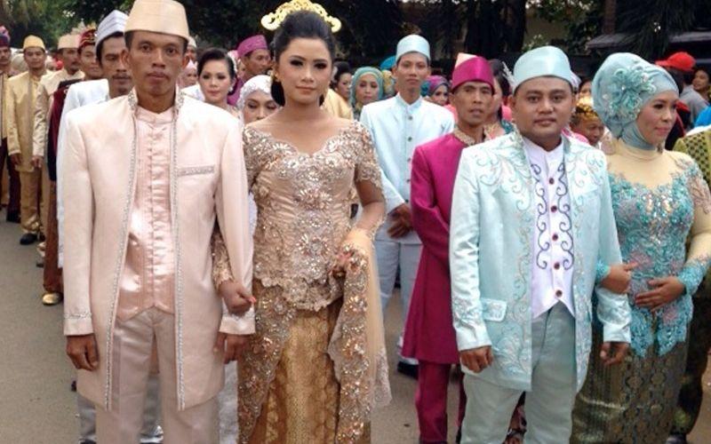 https: img.okeinfo.net content 2016 09 22 340 1495922 191-wni-pasutri-di-malaysia-akan-dinikahkan-gWCUJNo4fA.jpg