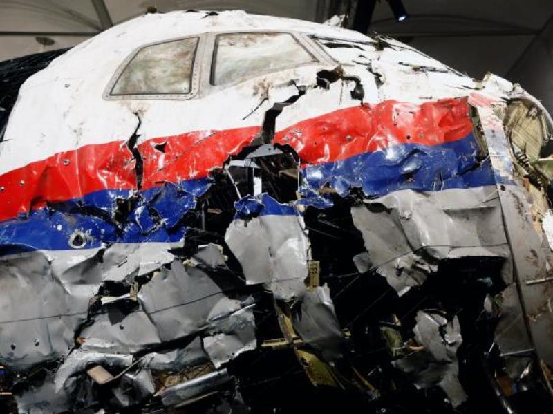 ini hasil investigasi soal ditembak jatuhnya malaysia airlines mh17s img okeinfo net content 2016 09 28 18 1501225 ini hasil malaysia airlines mh17 ditembak jatuh
