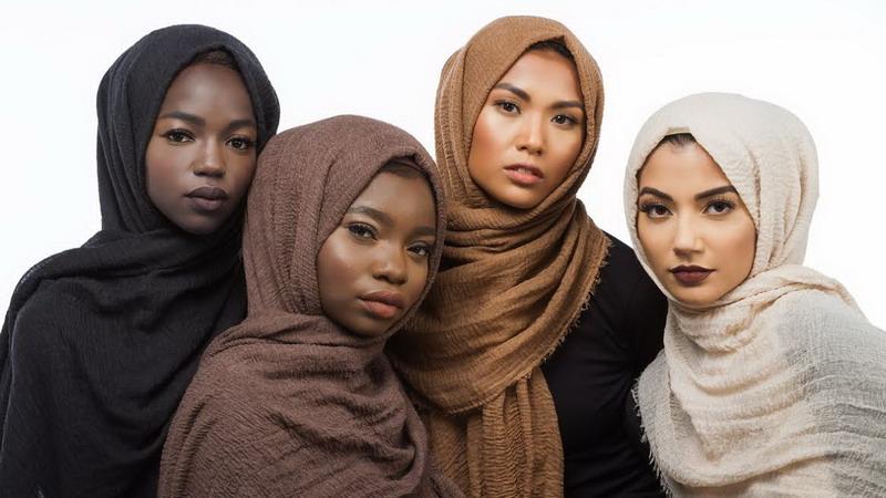https img.okeinfo.net content 2016 10 19 194 1518769 kini hadir jilbab sesuai warna skin tone SPo5264oe8.jpg