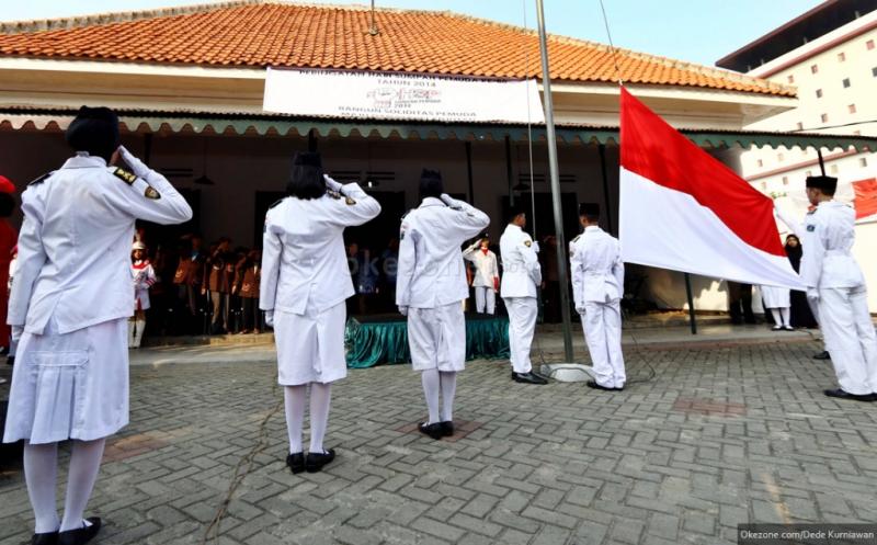 https: img.okeinfo.net content 2016 10 29 65 1527579 sumpah-pemuda-pelajar-indonesia-di-inggris-gemakan-semangat-perjuangan-4NxW8o8R0T.jpg