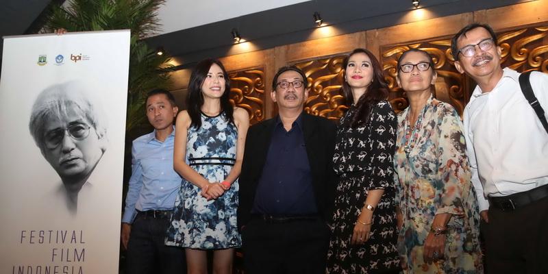https: img.okeinfo.net content 2016 11 07 206 1534547 daftar-lengkap-pemenang-festival-film-indonesia-2016-04JQ7Xtktt.jpg