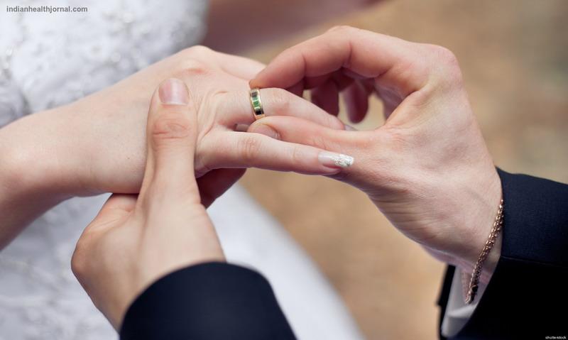 https: img.okeinfo.net content 2016 11 11 196 1539325 panduan-menjadi-suami-istri-harmonis-sesuai-ajaran-islam-eoMi87SPVC.jpg