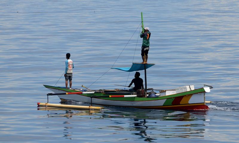 https: img.okeinfo.net content 2016 11 11 525 1539009 dua-nelayan-indramayu-terombang-ambing-di-lautan-hoPV2g5ZBY.jpg