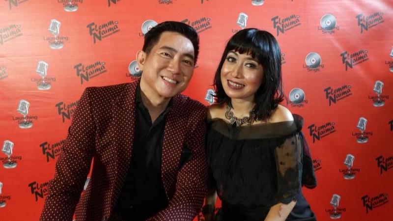 https: img.okeinfo.net content 2016 11 19 205 1546080 flemming-kolaborasi-bareng-jebolan-indonesian-idol-di-selamanya-milikku-MuVC3LDUsX.jpg
