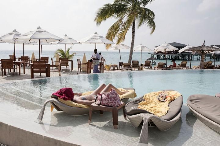 https: img.okeinfo.net content 2016 12 13 406 1565212 punya-rencana-liburan-ke-maldives-jangan-lewatkan-penginapan-ini-yx7Ene9VAY.jpg