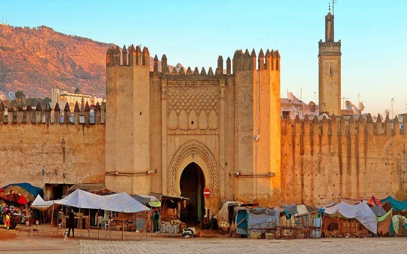 https: img.okeinfo.net content 2016 12 27 406 1577037 trip-ke-maroko-dan-spanyol-bisa-ke-mana-saja-8Y12c9lIXg.jpg