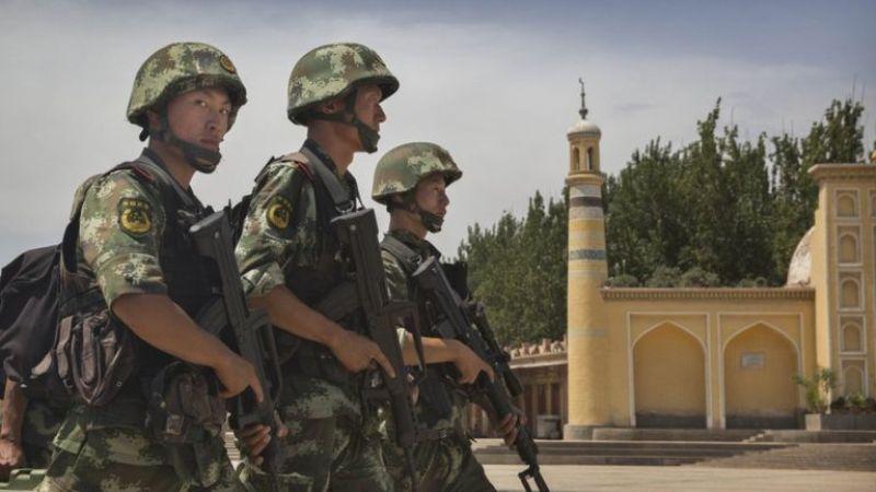 https: img.okeinfo.net content 2016 12 29 18 1577987 china-tembak-empat-muslim-uighur-penyerang-gedung-partai-komunis-zEoiXFQVS2.jpg