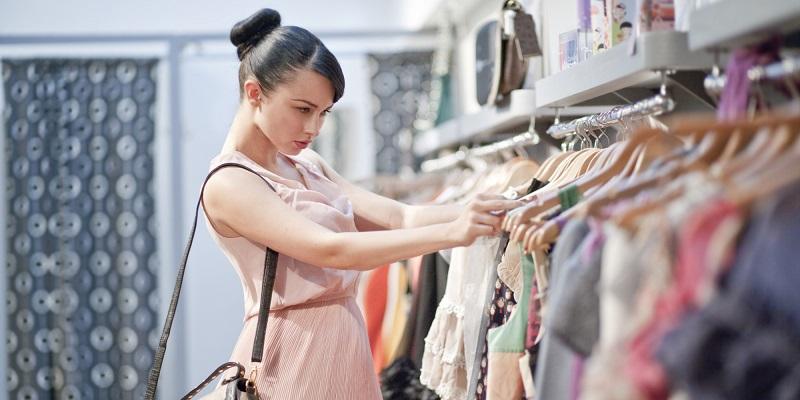 https img.okeinfo.net content 2017 01 12 194 1590040 tidak paham mix and match jadi alasan wanita sulit menahan hasrat belanja baju md5QsNh8Zu.jpg