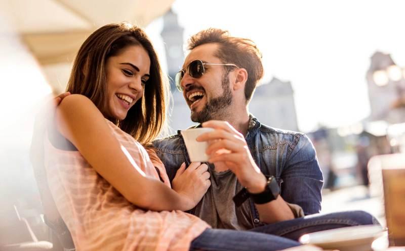 https img.okeinfo.net content 2017 01 12 196 1589836 ssst diam diam wanita cepat jatuh cinta dengan pria tipe ini lho 3WHpoy1WZo.jpg