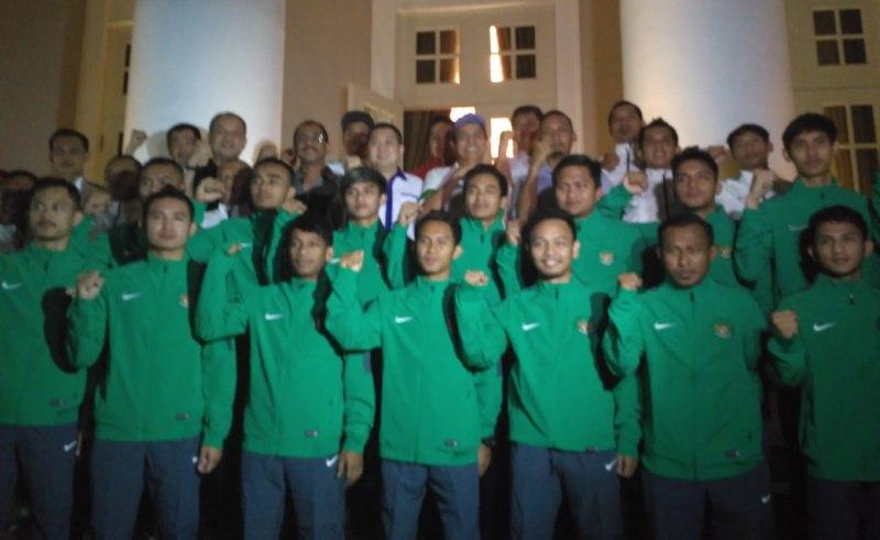 https: img.okeinfo.net content 2017 02 01 51 1606335 victor-hermans-ditunjuk-jadi-pelatih-timnas-futsal-indonesia-RQmHFcuw47.jpg