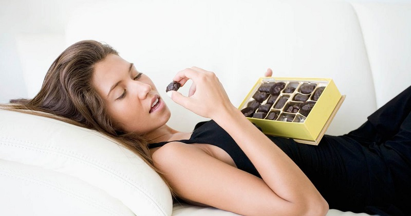 https img.okeinfo.net content 2017 02 14 481 1617812 valentine 2017 ciiee dapat banyak cokelat udah tahu bahayanya belum ZzTbjIgy1O.jpg