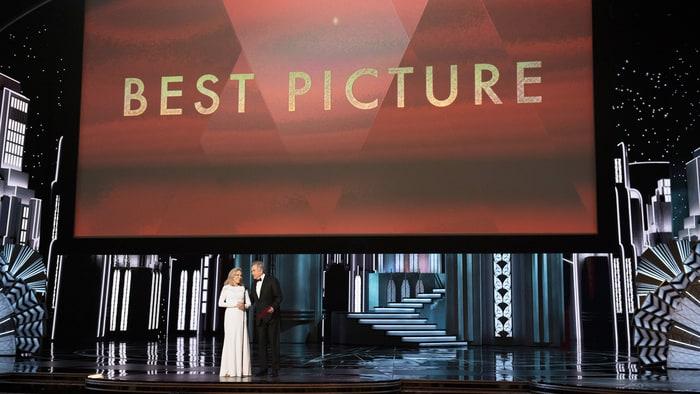 https: img.okeinfo.net content 2017 02 28 206 1630156 daftar-pemenang-best-picture-oscar-sepanjang-masa-SmGGMaPzPS.jpg