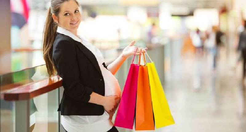 https: img.okeinfo.net content 2017 03 16 194 1644669 panduan-tepat-memilih-pakaian-untuk-wanita-hamil-Rui4E3sbga.jpg