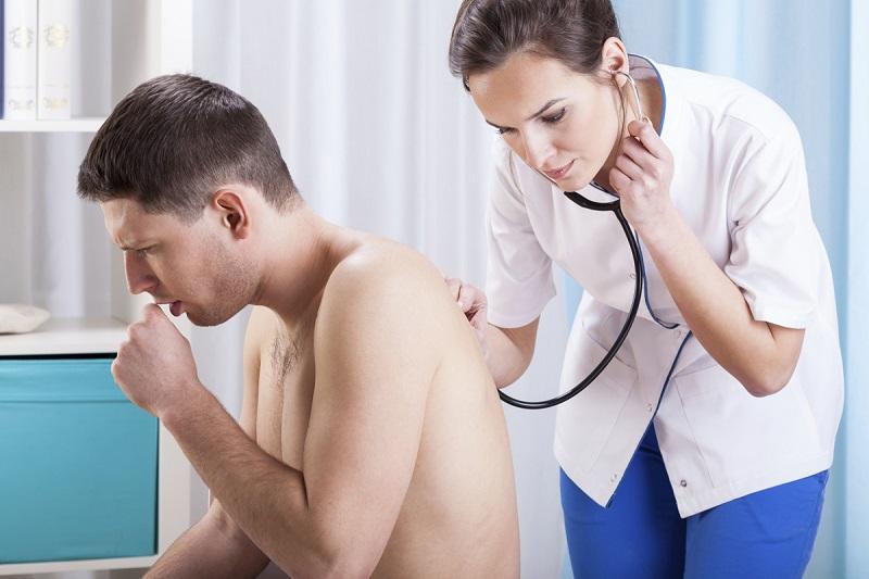 https: img.okeinfo.net content 2017 03 17 481 1645728 catat-tuberkulosis-bukan-penyakit-keturunan-lCczBOW06n.jpg