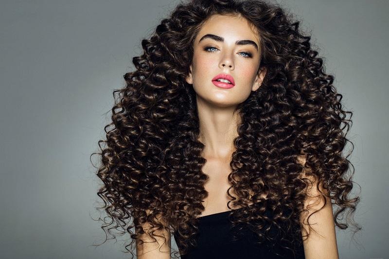 Beauty. Home    Artikel    Beauty    Rambut    5 Cara Merawat Rambut  Keriting ... fe9ac6db65