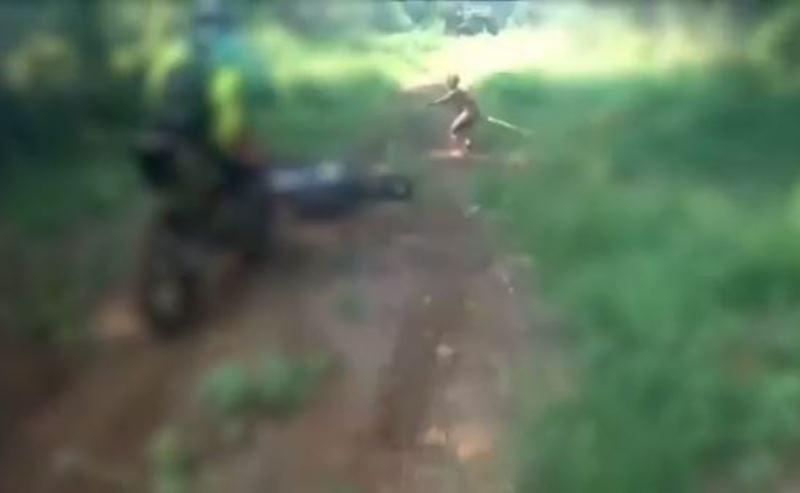 https: img.okeinfo.net content 2017 03 27 340 1651883 penampakan-suku-mante-di-hutan-aceh-terekam-video-23OnpDfyxr.JPG