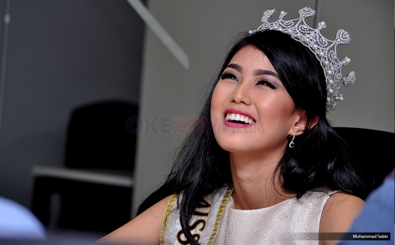 https: img.okeinfo.net content 2017 04 11 194 1664761 pesan-natasha-mannuela-untuk-finalis-miss-indonesia-2017-NW90kcRO8b.jpg